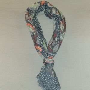 Vera Bradley soft fringe scarf in Nomadic Floral